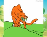 Tigre con afilados colmillos